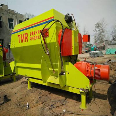 全螺旋式带粉碎搅拌机 TNR饲草混合机 润丰 加工搅拌机厂家
