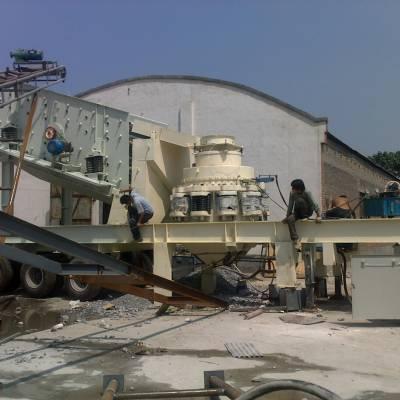 博洋移动鹅卵石破碎机 移动式石子机 流动碎石机在重庆投产效率可观