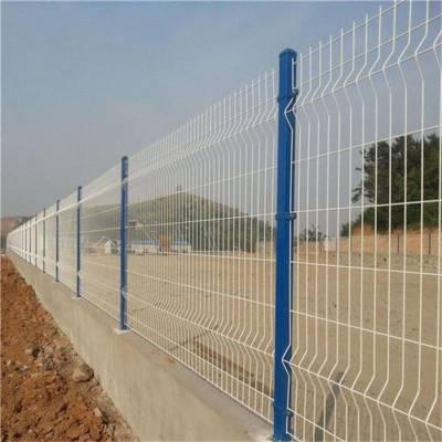 郑州荥阳框架护栏工厂专业生产双边丝护栏网 包塑铁丝网围栏 防护隔离围栏可定制