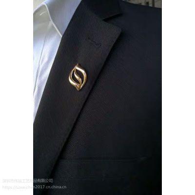 周年庆佩戴徽章定制,70周年镂空胸针生产,找北京定制襟章厂