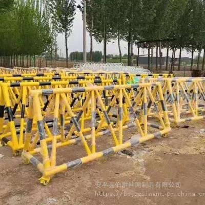 4.5米长1.2米高80宽,拒马路障,拒马销售,钢管防撞拒马,安装方便,伯爵丝网