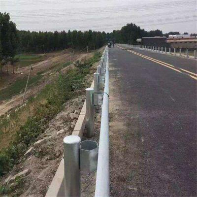 白银靖远镀锌护栏板-道路防撞护栏大量现货送货上门可做防撞栏