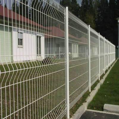 雨城区围栏网护栏网-框架公路护栏网批发-围墙铁丝网价格