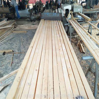 广西厂家直销建筑木方 抗压强度高 房建桥梁用方木条