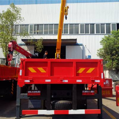 贵州10吨随车吊东风D3图片