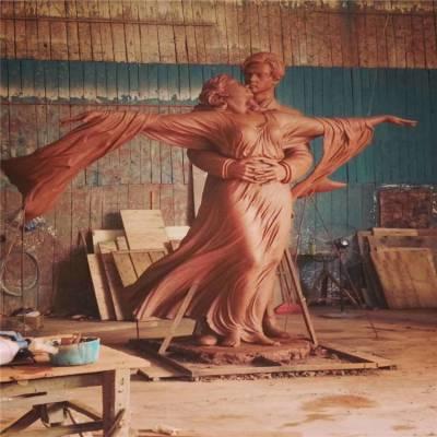佛山玻璃钢人物造型雕塑情侣主题造型雕塑