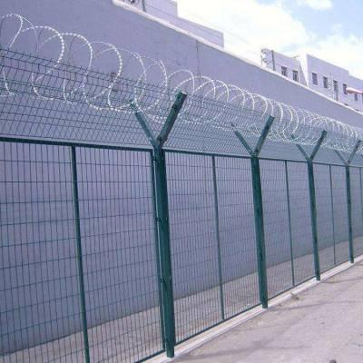 芝罘区场地铁丝网-园林围栏网厂家-足球场围网价格