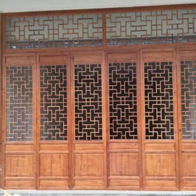 四合院木雕仿古门安装 重庆天昊木雕 景区木雕仿古门加工