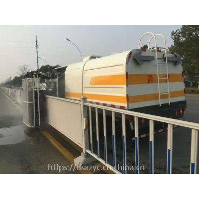 东风多利卡城市护栏清洗车