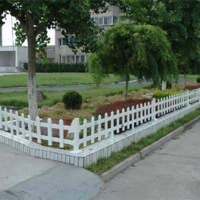 小区草坪护栏-山东塑钢护栏-济南护栏