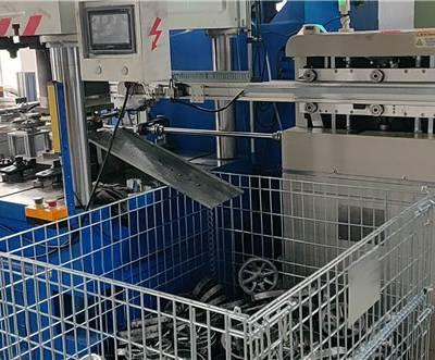 机械手厂商-硕强自动化设备(在线咨询)-机械手