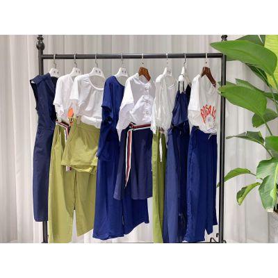 朗诗莉女装 品牌女装折扣批发一手货源 拿货找我们更实惠 多种款式