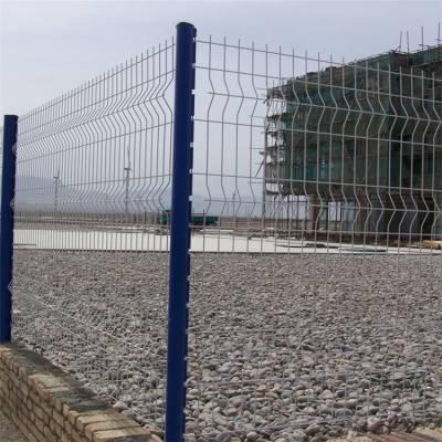 小区外围围栏网 三角折弯护栏 新疆光伏发电场围栏网