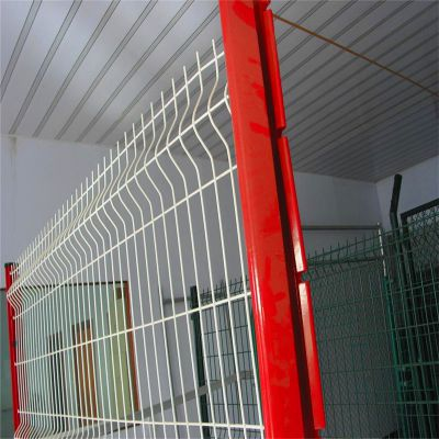 三角折弯防护网 小区隔离网 高速公路围栏