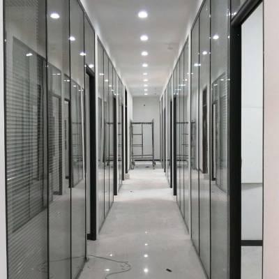 甘肃办公玻璃隔断-甘肃艾尚空间装饰材料专业提供兰州大型隔断工程