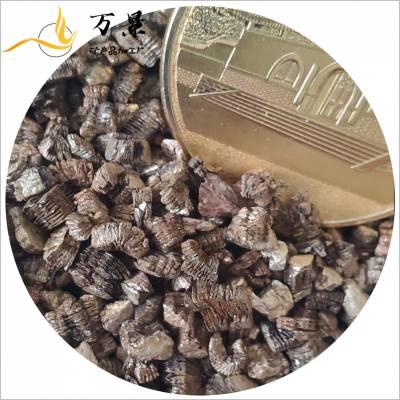 蛭石要密封保存存放于常温、避光、通风干燥处