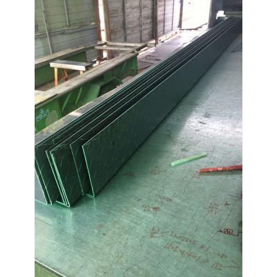 济南花纹楼梯钢板加工销售、济南镀锌水槽加工销售