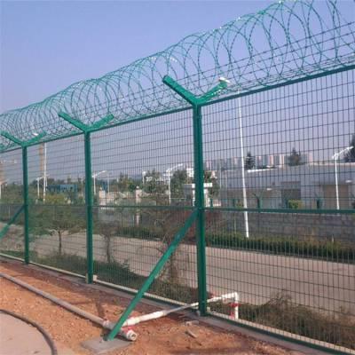 厂家定做机场护栏网 监狱护栏网 刺丝滚笼