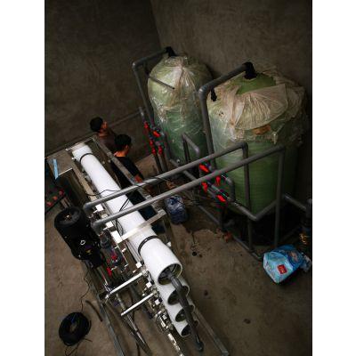 包头供应600*1850优质玻璃钢过滤罐 批发价现货直销 5吨过滤罐