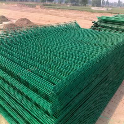优盾高速公路防护网 高速公路隔离栅 隔离栅栏生产厂家