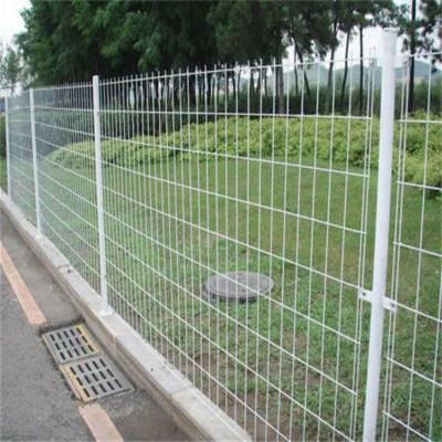 弋阳县道路隔离铁丝网厂家-景区不锈钢围栏网-边坡护栏网