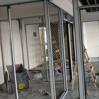 容坤玻璃隔断定做厂家-智能调光玻璃办公室隔断