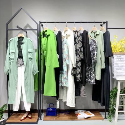北京高端原创设计师女装威娅纪专柜库存尾货走份 品牌女装折扣批发