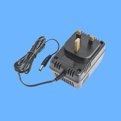 供应BS认证电源适配器 三支方铜线性电源 明为