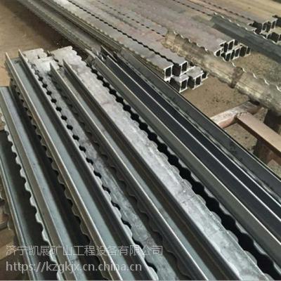 加工订制各种长度花边梁 2米到5米均可定做 凯展π型钢梁