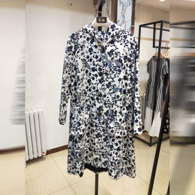 服装品牌加盟店如何更好的去经营管理货源好才是硬道理