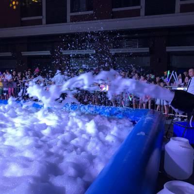 北京户外活动启动道具:派对泡沫机、喷射式泡沫机租赁