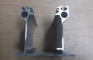 新乡铝型材-高速公路铝护栏-徐州荣新金属材料(推荐商家)