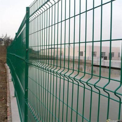 福建绿色铁丝网_铁丝网隔离栅价格是多少-圈地铁丝网围栏双边丝护栏网