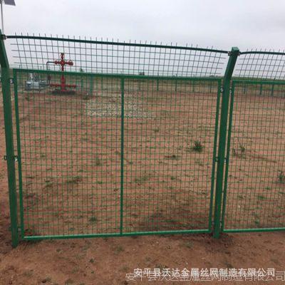 厂家供应内蒙古气田围栏 油井护栏网  防翻越围栏网可定制