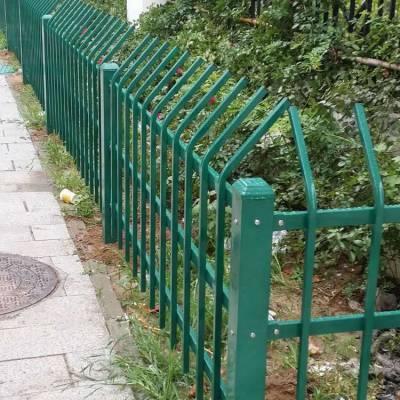 供应河南市政草坪绿化带隔离保护栏杆 公园绿地锌钢草坪护栏 美化环境易安装