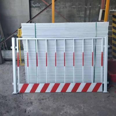 喷塑基坑安全隔离围挡楼层临时电梯门钢板网电梯门