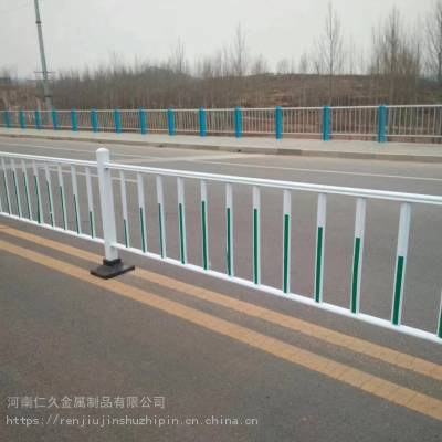 三门峡人车分离护栏 灵宝车道隔离护栏大量现货