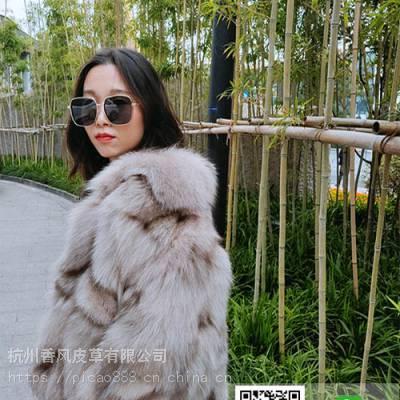 海宁服装厂批发女式狐狸毛大衣手工款纽扣设计女装走份单件可售