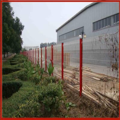 昆明围栏网 铁丝波浪围栏网 隔离网规格齐全