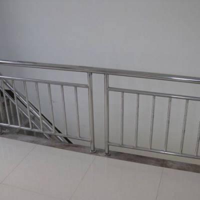 304不锈钢护栏-好亮捷不锈钢(在线咨询)-不锈钢护栏
