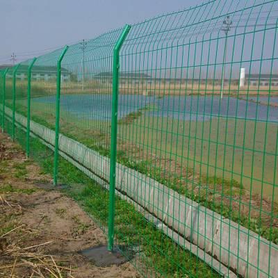 云南公路护栏网厂家高速路双边丝护栏网框架护栏网铁路封闭网