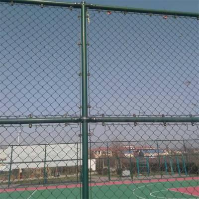 排球场勾花围网 篮球场铁丝围网 学校操场围网定做