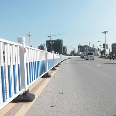 河南护栏厂三门峡卢氏生产小区公路道路护栏马路隔离栏交通护栏 价格优惠