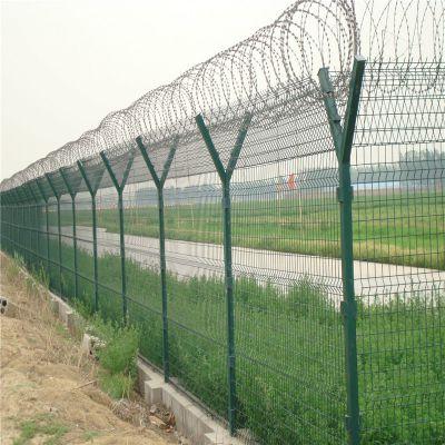 机场护栏网 上端折弯刺丝机场隔离护栏网 监狱网围栏优盾护栏网