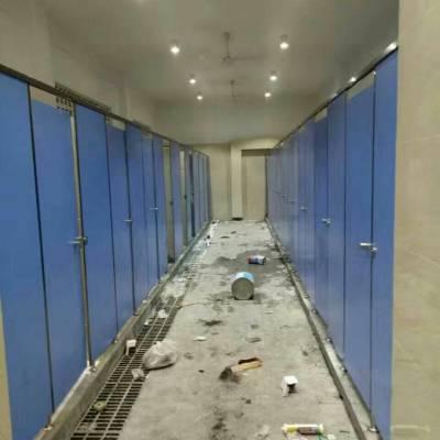 中山学校厕所隔断板材符合卫生间的环境要求