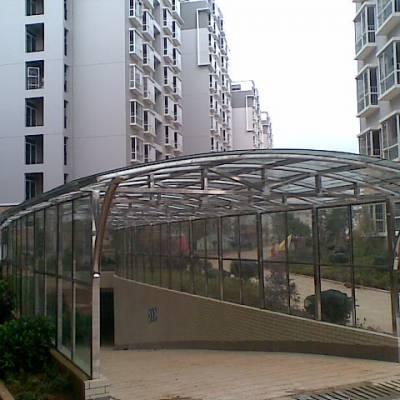 钢架雨棚-义万装饰-昆明带弧形雨棚钢架
