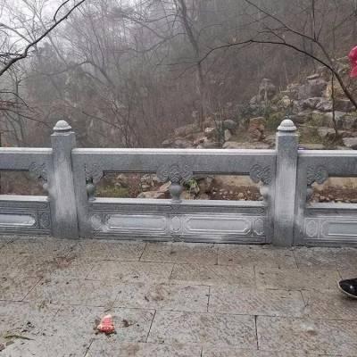 草白玉石栏杆和以花岗岩石栏板价格揭秘