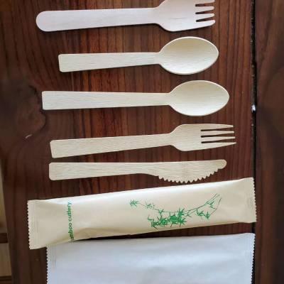 纸巾/筷子/牙签/勺子/湿巾/盐包/刀/叉/勺/套装餐具组合包装机一次性餐具自动包装机