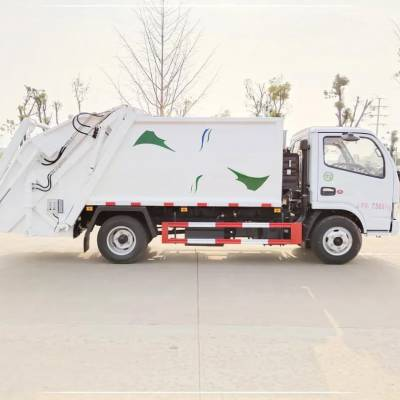 压缩式垃圾运输车5吨后装压缩式垃圾车厂家报价