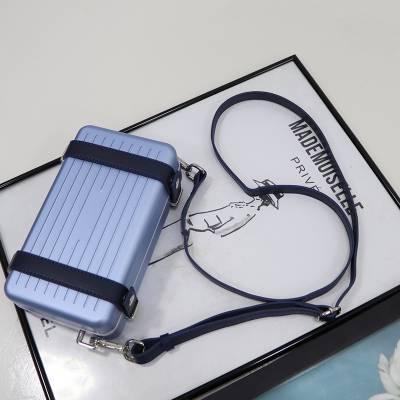 真皮包包女2020新款mini旅行箱相机包铝合金属盒子包 单肩斜挎包包批发 广州丽亚美皮具